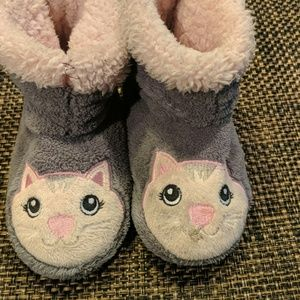 Girls house-shoes (kitty cat)